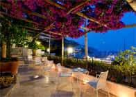 Hotel Aurora - Hotel fronte mare, a Amalfi (Campania)