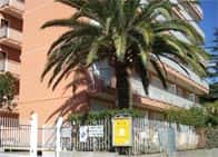 Residence Laura - Appartamenti in residence, a <span class=&#39;notranslate&#39;>Bordighera</span> (Liguria)