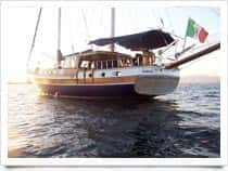 DCMED Dive & Charter Med - Noleggio Caicco a Pozzuoli (Italia)