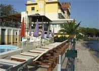 Hotel Estèe - Wellness Hotel con ristorante e piscina a Desenzano del Garda