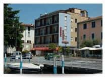 Ambra Hotel - Hotel fronte lago a Iseo (Lombardia)