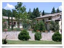 Agriturismo Sasso Rosso - Alloggi e ristorazione in agriturismo Capodacqua / Assisi (Umbria)