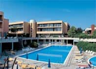 Hotel Residence Holiday - Hotel & Residence, con piscine Colombare / Sirmione (Veneto)
