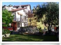 B&B Frontelago - Bed and Breakfast, a Olcio / Mandello del Lario