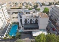 Ferretti Beach Hotel - Wellness Hotel con piscina & Ristorante, a Rimini