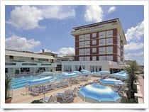 Grand Hotel & RivieraHotel con camere e appartamenti (Lido di Camaiore)