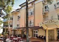 Albergo Centopini - Hotel con piscina - Ristorante, a Gemmano (Marche)