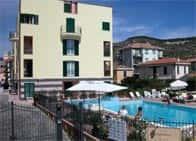 Residence Le Saline - Appartamenti in residence, con piscina a Borgio Verezzi (Liguria)