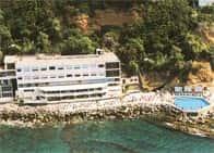 Hotel Le Rocce del Capo - Hotel & Ristorante, con piscine, spiaggia privata, e centro benessere a Ospedaletti (Liguria)