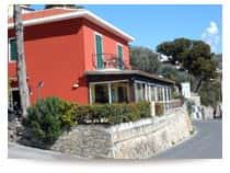 Camping Baia dei Gabbiani - Camping con piazzole, bungalow e camere, a <span class=&#39;notranslate&#39;>San Lorenzo al Mare</span> (Liguria)