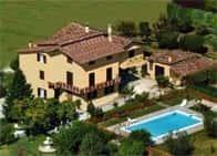Agriturismo Il Girasole - Camere in agriturismo, con piscina, a Assisi