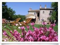 Relais l'Antico Convento - Appartamenti in Dimora di Epoca Medioevale con Piscina a Racchiusole / Umbertide (Emilia Romagna)