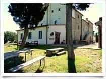 Agriturismo Pian di Marte Ospitalit&agrave; Rurale - Camere e ristorante in agriturismo, a <span class=&#39;notranslate&#39;>Passignano sul Trasimeno</span> (Umbria)