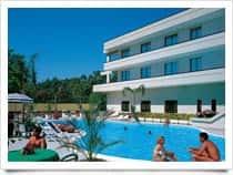 Hotel Clorinda - Hotel con ristorante e piscina, a Paestum / Capaccio Paestum (Campania)