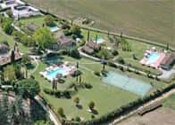 Monsignor Della Casa Country Resort - Wellness Hotel con piscina - Ristorante a Borgo San Lorenzo (Toscana)
