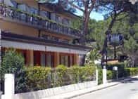 Hotel Lilly - Hotel con piscina e ristorante in Marina di Campo - Campo nell'Elba -  LI - Toscana