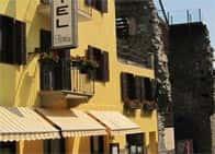 Hotel FlorianAlbergo economico - Ristorante a Nus