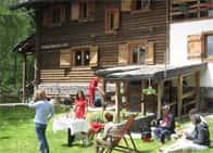 Rifugio Alpino L'Ermitage - Ostello con ristorante, a Chamois