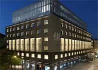 Armani Hotel MilanoLuxury Hotel, con centro benessere, piscina e ristorante a Milano