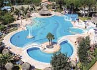 Camping Village Pino Mare - Villaggio turistico fronte mare, con case mobili, piscine a Lignano Riviera / Lignano Sabbiadoro (Friuli-Venezia Giulia)