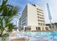 Nautilus Family Hotel - Hotel fronte mare, con piscina e ristorante, a Pesaro