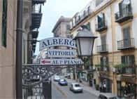 Hotel Vittoria - Albergo economico in centro storico, a Albergaria / Palermo (Sicilia)