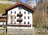 B&B Villa Kastell - Bed and Breakfast con servizi benessere, a Gressoney-Saint-Jean