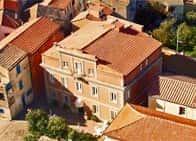 Residence La Vela - Appartamenti in residenza d'epoca, a <span class='notranslate'>Capraia Isola</span> (Toscana)