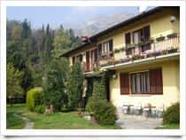 B&B Casa Pini - Bed and Breakfast a Griante (Lombardia)