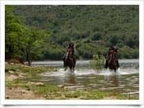 Centro Equestre Taloro - Escursioni a cavallo a Lago di Gusana / Fonni (Sardegna)