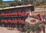 Agriturismo Lo Ratelè - Camere e ristorante in agriturismo a Allein (Valle d'Aosta)