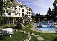 Spa & Family Resort SonnenhofWellness Hotel con piscina & Ristorante a Naturno
