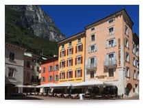 Hotel Portici - Romantik &amp: Wellness Hotel - Ristorante Pizzeria a Riva del Garda (Trentino-Alto Adige)