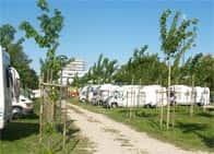 Area Sosta Valentina - Area di sosta camper attrezzata (Lido di Fermo)