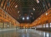 Palazzo della Ragione - Un edificio che ha contribuito a rivoluzionare le concezioni costruttive del Medioevo a Padova (Veneto)