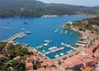 Marina di Porto AzzurroPorticciolo turistico Isola d'Elba a Porto Azzurro