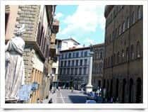 Piazza Santa Trinita -