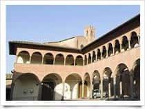 Portico dei Comuni a Siena