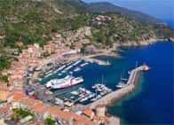 Terminal traghetti e porticciolo turistico Porto del Giglio - Isola del Giglio  (GR) - Toscana