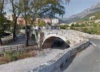 Ponte delle Giaire o delle GhiaiePonte medievale a Toirano
