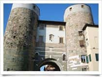Porta dei Santi Gervasio e Protasio -