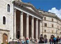 Chiesa di Santa Maria sopra Minerva -  Assisi (Umbria)