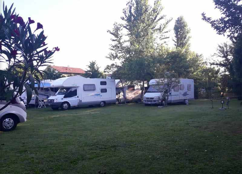 Photo Area sosta camper Via Cardano - Igea Marina