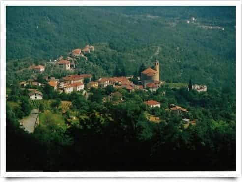 Photo di Aquila d'Arroscia - Liguria ( Italia )
