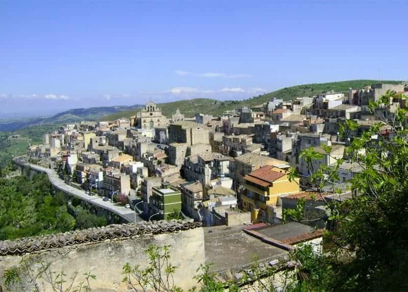 Photo di Monterosso Almo - Sicilia ( Italia )